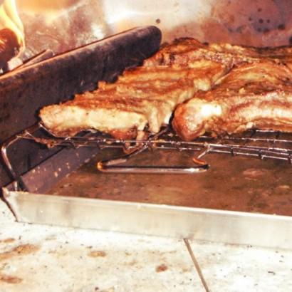 Set barbecue piano con teglia pentole agnelli come fare il barbeuce a casa