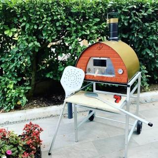 Supporto per forno a legna per giardino